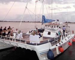 Aristocat-Evening-Cruise