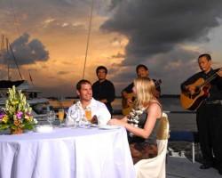 Bali Hai Aristocat Evening Cruise with dinner